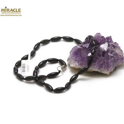 F olive 12x5 mm 1 collier en pierre naturelle onyx