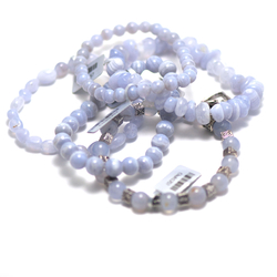 1 bracelet en pierre naturelle de calcédoine