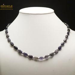 A palet oval perle argenté collier en pierre naturelle de iolite