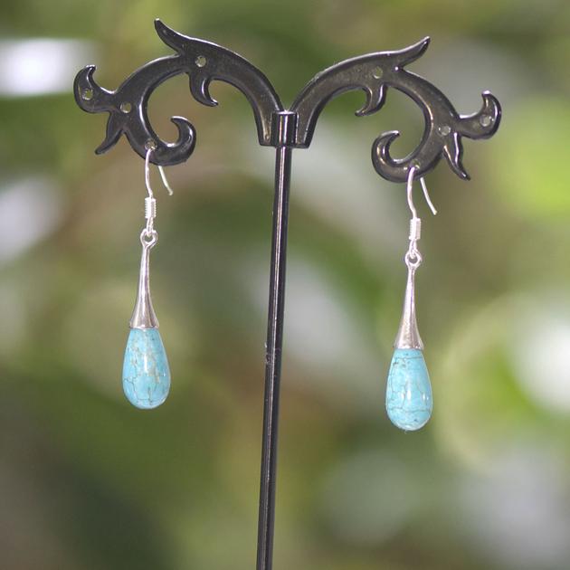 boucle d 39 oreille turquoise goutte d 39 eau attache lustre boucle d 39 oreille turquoise. Black Bedroom Furniture Sets. Home Design Ideas