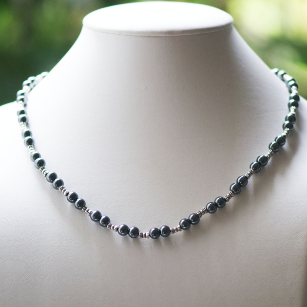 collier perle hematite