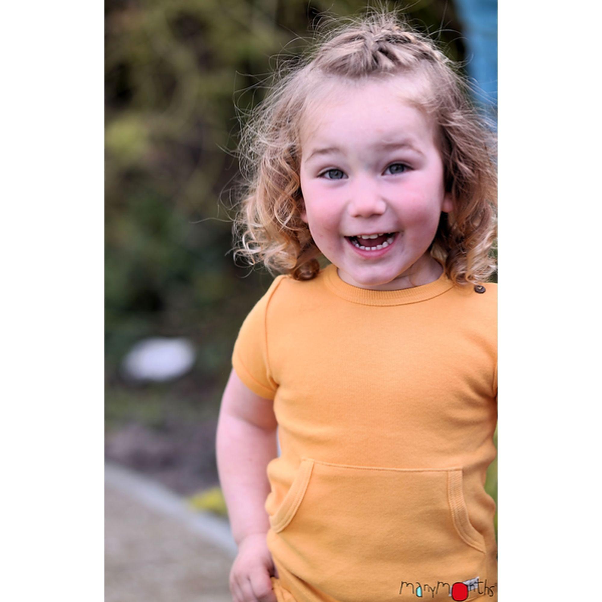tshirt-bebe-enfant-kangaroo-ajustable-evolutif-manymonths-babyidea-coton-chanvre-maison-de-mamoulia-sans-manches-jaune