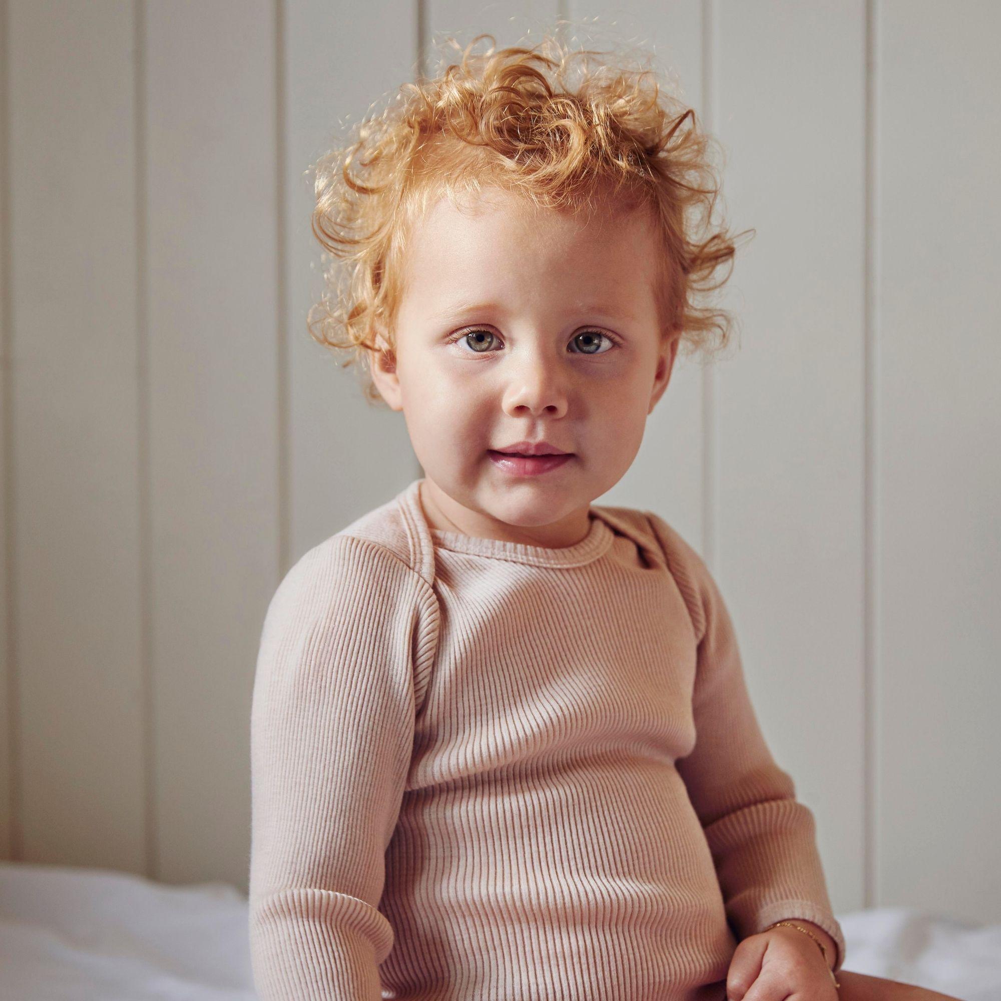 tshirt-manches-longus-bebe-enfant-pure-laine-merinos-minimalisma-maison-de-mamoulia-aspen-sable-sand