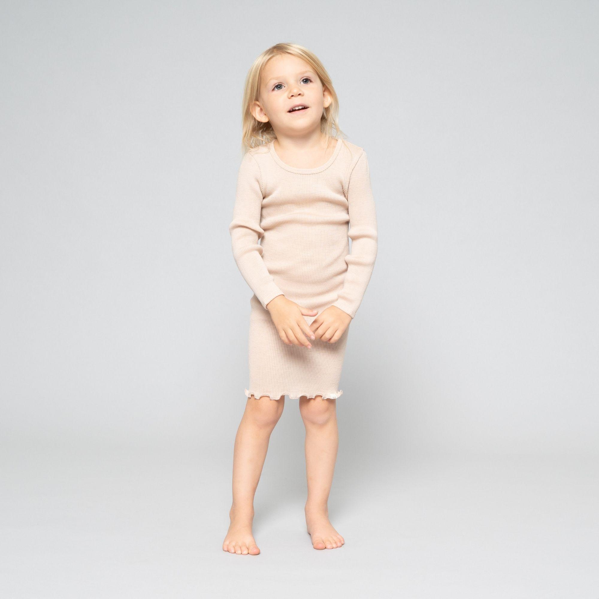 robe-manches-longues-enfant-pure-laine-merinos-minimalisma-maison-de-mamoulia-alda-sand-sable-beige---