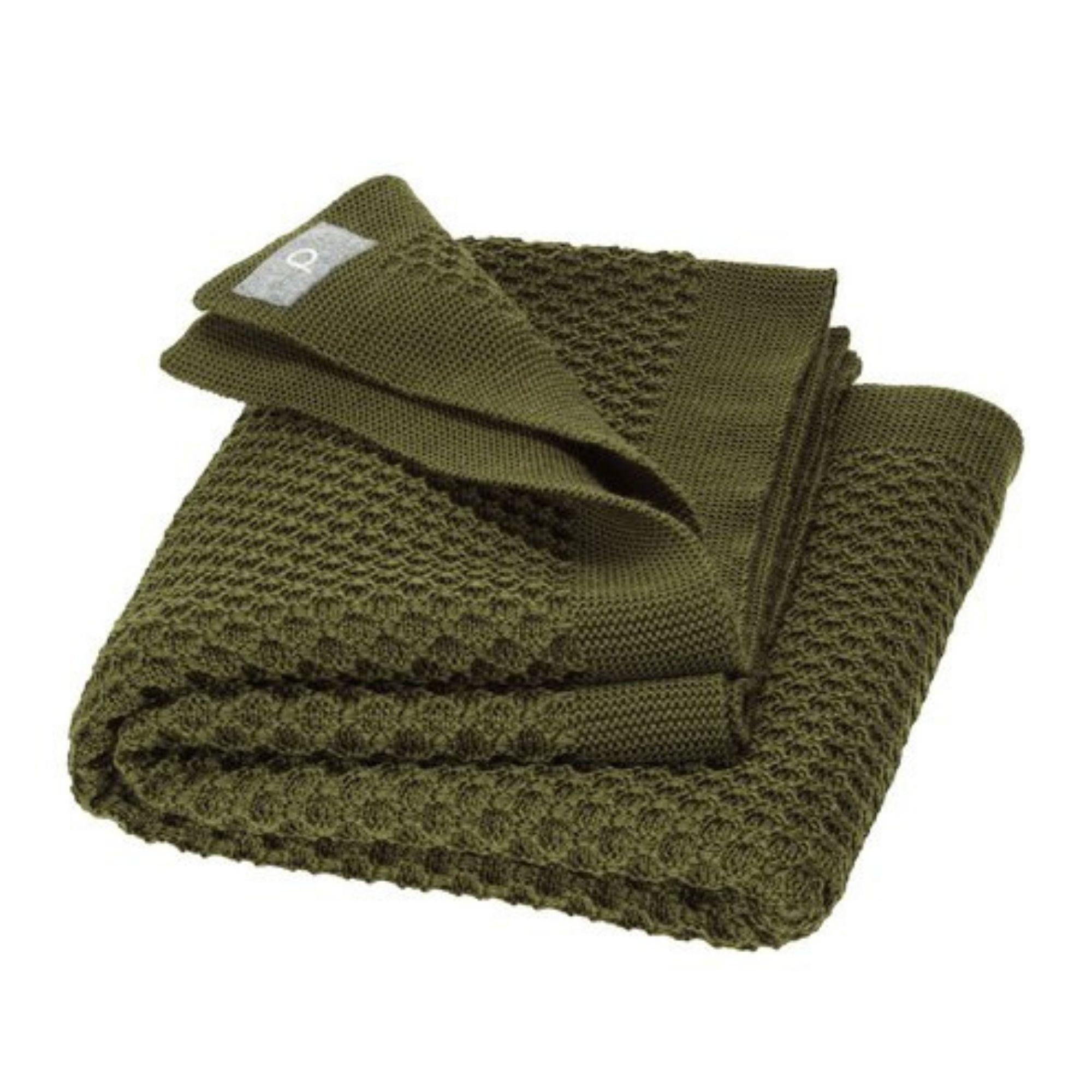 couverture-bebe-enfant-pure-laine-merinos-bio-tricotee-disana-maison-de-mamoulia-honeycomb-nid-abeille-vert-olive