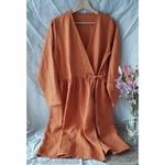 robe-cache-coeur-wrap-femme-pur-lin-lave-simplygrey-maison-de-mamoulia-orange--