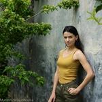 Gudrun -Golden-leaf-tshirt-debardeur-femme-soie-coton-maison-de-mamoulia-doré-minimalisma-