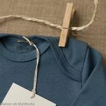 Nebel-minimalisma-Steel Blue-body-bebe-coton-bio-maison-de-mamoulia-bleu-ciel-