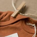 Nebel-minimalisma-Clay-body-bebe-coton-bio-maison-de-mamoulia-argile-terracota-
