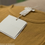 minimalisma-gerda - Golden Leaf- tshirt-top-femme-manches-longues-soie-coton-maison-de-mamoulia-jaune-moutarde