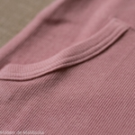 tshirt-kangaroo-ajustable-evolutif-manymonths-babyidea-coton-chanvre-maison-de-mamoulia-manches-courtes-mauve-glow-rose-