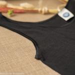 debardeur-tshirt-thermoregulateur-cosilana-laine-soie-femme-maison-de-mamoulia-noir-bretelles-larges--