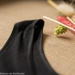 debardeur-tshirt-thermoregulateur-cosilana-laine-soie-femme-maison-de-mamoulia-noir-bretelles-larges-