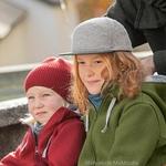 casquette-feutre-enfant-disana-laine-bouillie-maison-de-mamoulia-gris-marc-veste-outdoor-olive-bonnet