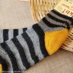 015-chaussettes-chaudes-pure-laine-bio-ecologique-hirsch-natur-bebe-enfant-maison-de-mamoulia-tres-epaisses-rayures-jaune-gris-noir-