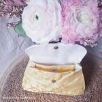 mam-ecofit-pochette-impermeable-pour-serviette-hygiénique-lavable-doré-golden-blossom-maison-de-mamoulia-ouvert