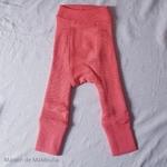 longies-pantalon-enfant-ajustable-evolutif-laine-merinos-manymonths-corail-cranberry-rouge-maison-de-mamoulia-reversible