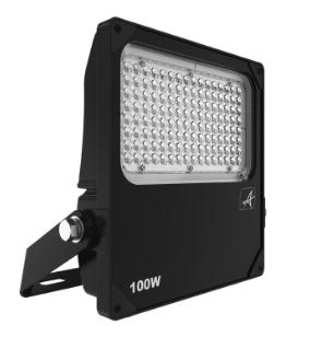 Installer-projecteur-led-grande-hauteur