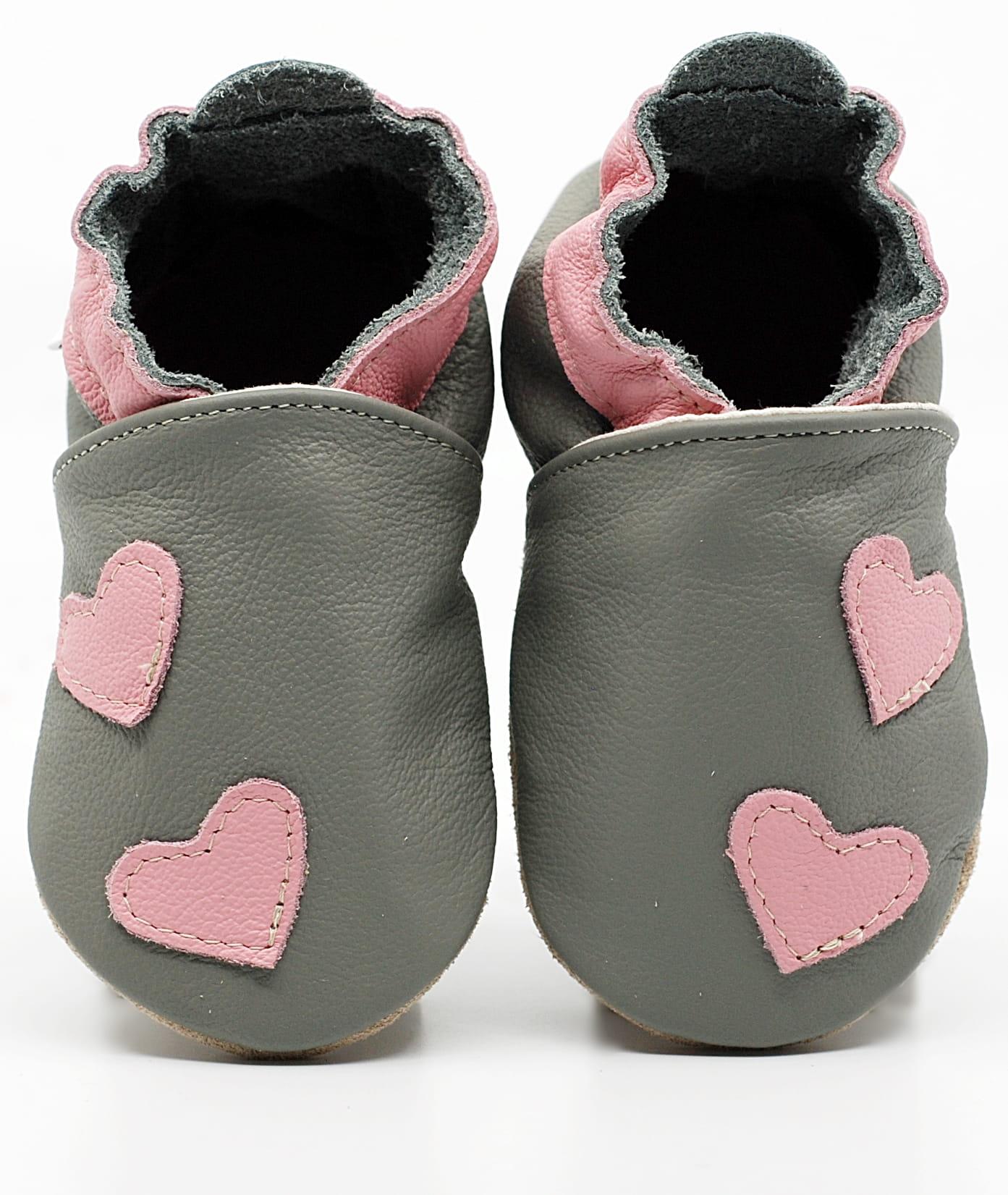 Chaussons en cuir ekoTuptusie - gris et cœurs roses