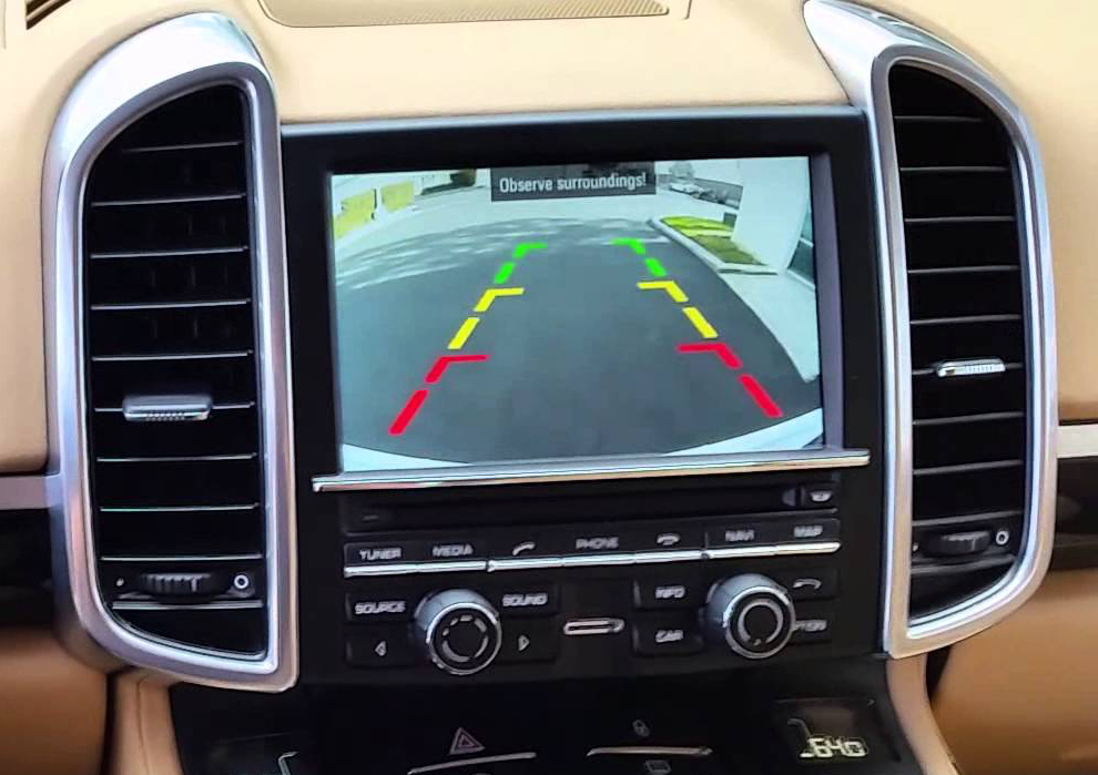 interface cam ra de recul cayenne panamera 911 cayman et boxster hightech. Black Bedroom Furniture Sets. Home Design Ideas