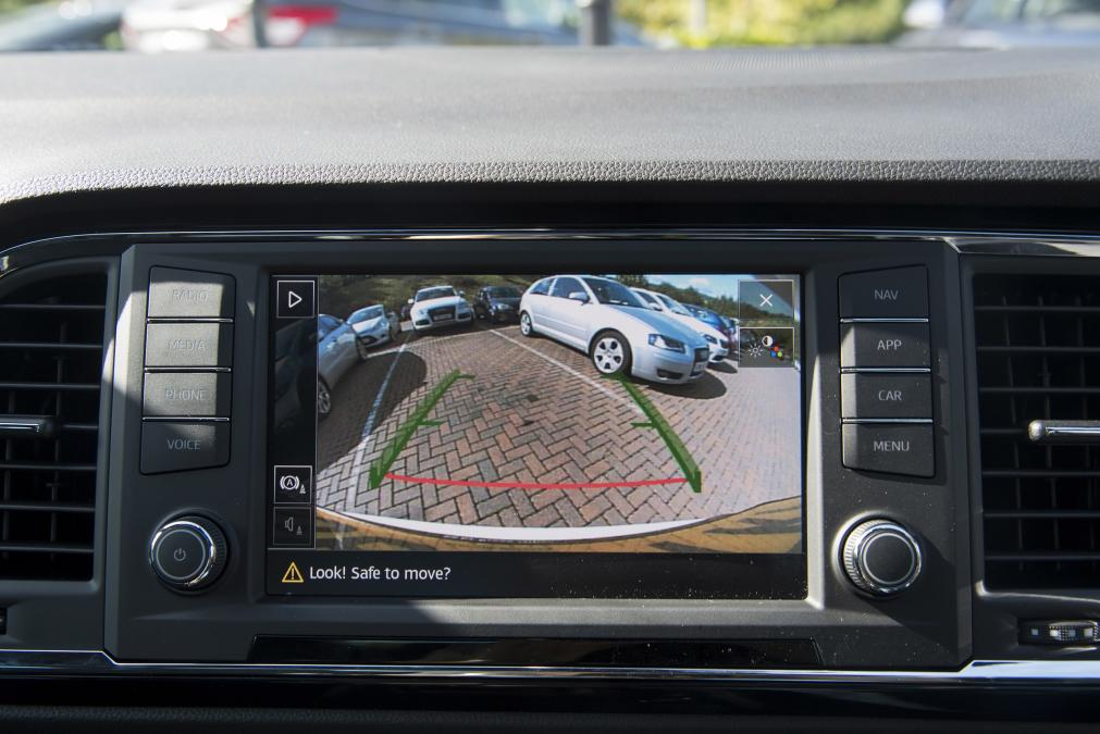 Interface multimédia A/V et caméra de recul Seat Leon, Ateca, Ibiza et Arona