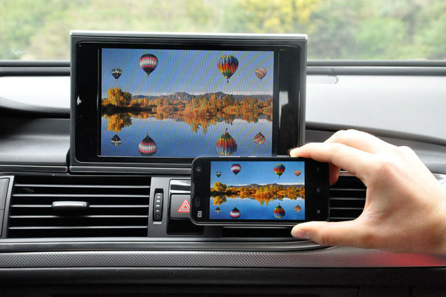 boitier mirrorlink iphone android synchronise le smartphone sur autoradio hightech privee. Black Bedroom Furniture Sets. Home Design Ideas