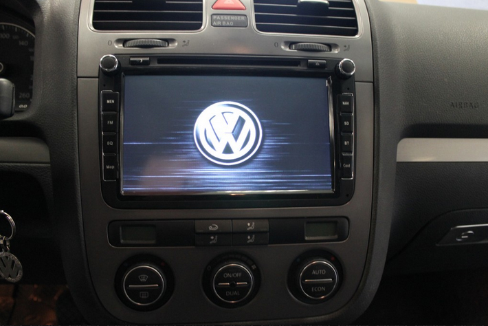 autoradio gps dvd volkswagen eos tiguan golf 6 cran tactile vw hightech privee. Black Bedroom Furniture Sets. Home Design Ideas