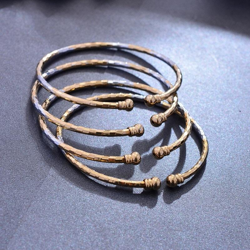 Bracelets jonc ouvert plaque or
