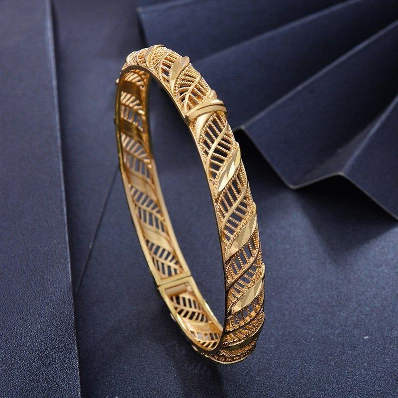 Bracelet jonc ouvrant plaqué or 24 carats