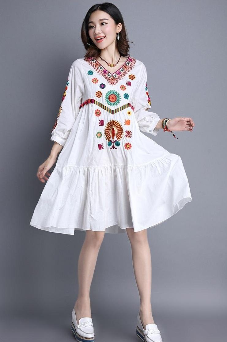 Robe fleurie blanche