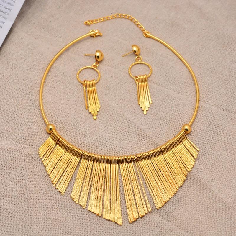 Parure de bijoux africaine forme frange