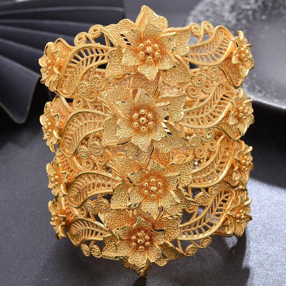 Bracelets en forme de fleur l\'œillet