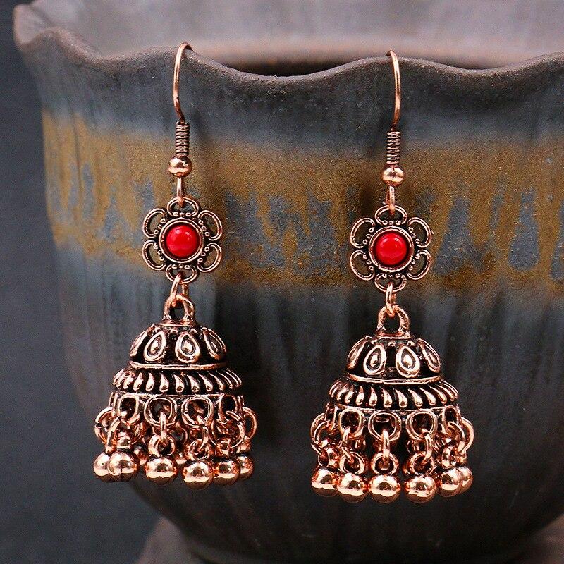 Boucles d\'oreilles Jhumka indienne en forme de cloche