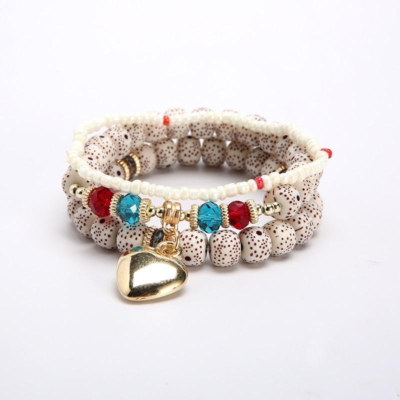 Bracelet breloque en pierre naturelle avec un cœur