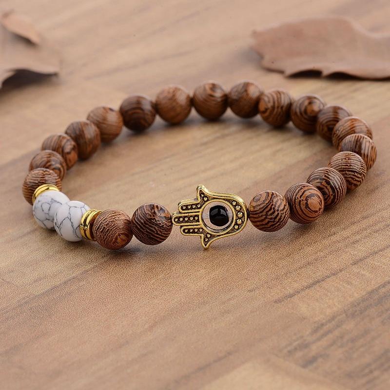 Bracelet en perles bois naturel au talisman Khamsa