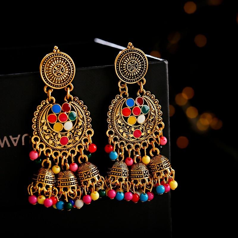 Boucles d\'oreilles aux couleurs éclatantes Jhumka
