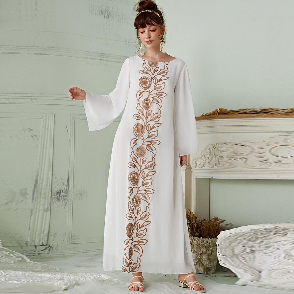 Robe caftan Turque légère  en mousseline de soie blanche