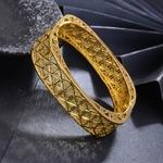 Bracelet oriental forme carrée