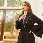 Robe longue noire moderne