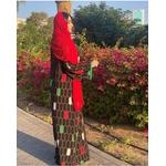 Robe noire arabe