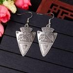 Boucles-d-oreilles-sculpt-es-Vintage-bijoux-ethniques-pour-femmes-style-Triangle-tib-tain-HQE1022-2020