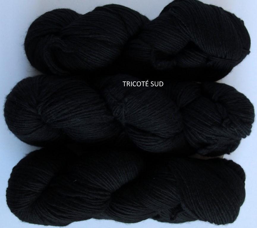 RASTITA BLACK (2) (Medium)