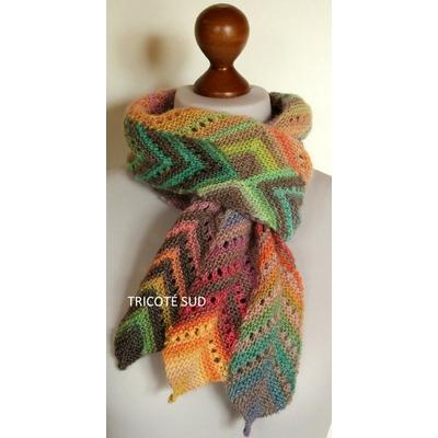 Kit écharpe Angéline tricotée en Mille Colori Baby de Lang Yarns