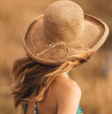 Chapeau en crochet bord long retroussé - CHAPEAU BORD ROULOTTE