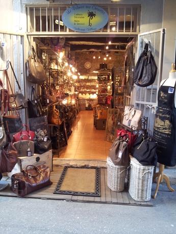 boutique valbonne, cadeaux valbonne, deco valbonne , sac cuir valbonne