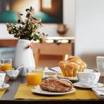 vase visage détendu blanc decoration table petit déjeuner tasse somnolent tassen vaisselle visage