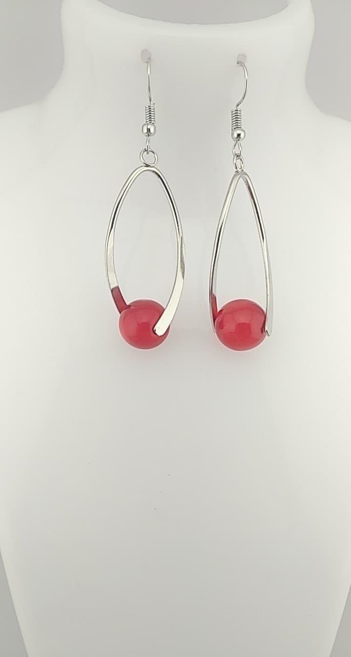 Boucles d\'oreilles perles rouge