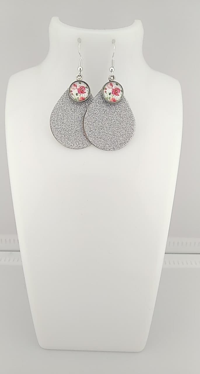 Boucles d\'oreilles cabochon fleurs