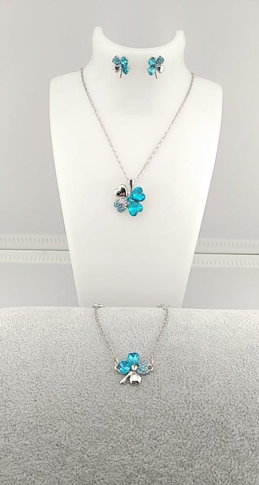 Fleur bleu clair