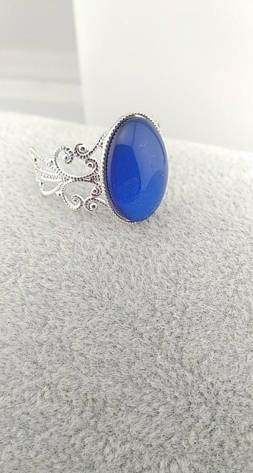 Bague bleu foncé